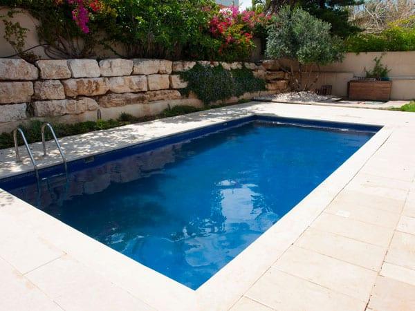 Costruzione piscine piacenza cremona progettazione - Piscine interrate prezzi chiavi in mano ...