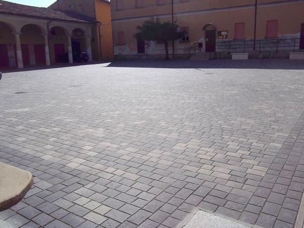 Pavimentazione-area-cortiliva-Piacenza