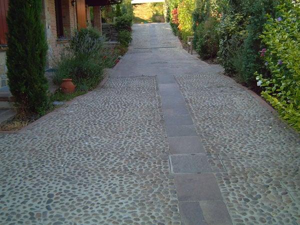 Pavimenti-cortile-condominiale-Parma